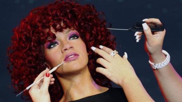 Rihanna34678