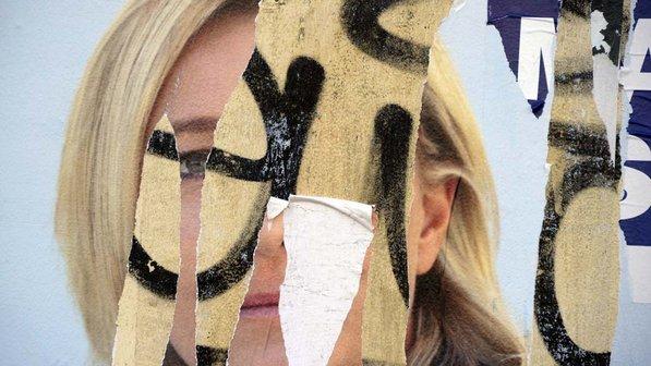 Poster-rasgado-candidata-eleicao-franca-20120214-size-598